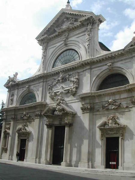 سافونا - مدينة سافونا الايطالية