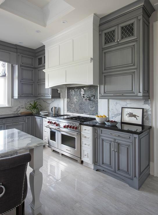Grey Versus White Kitchen Design Ideas ~ مطبخ رمادي مزخرف المرسال