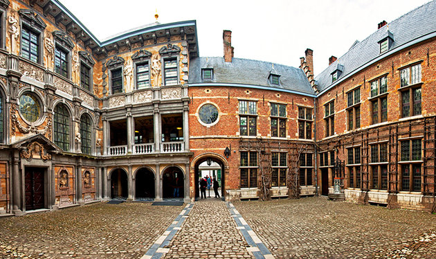روبينز - مدينة انتويرب البلجيكية