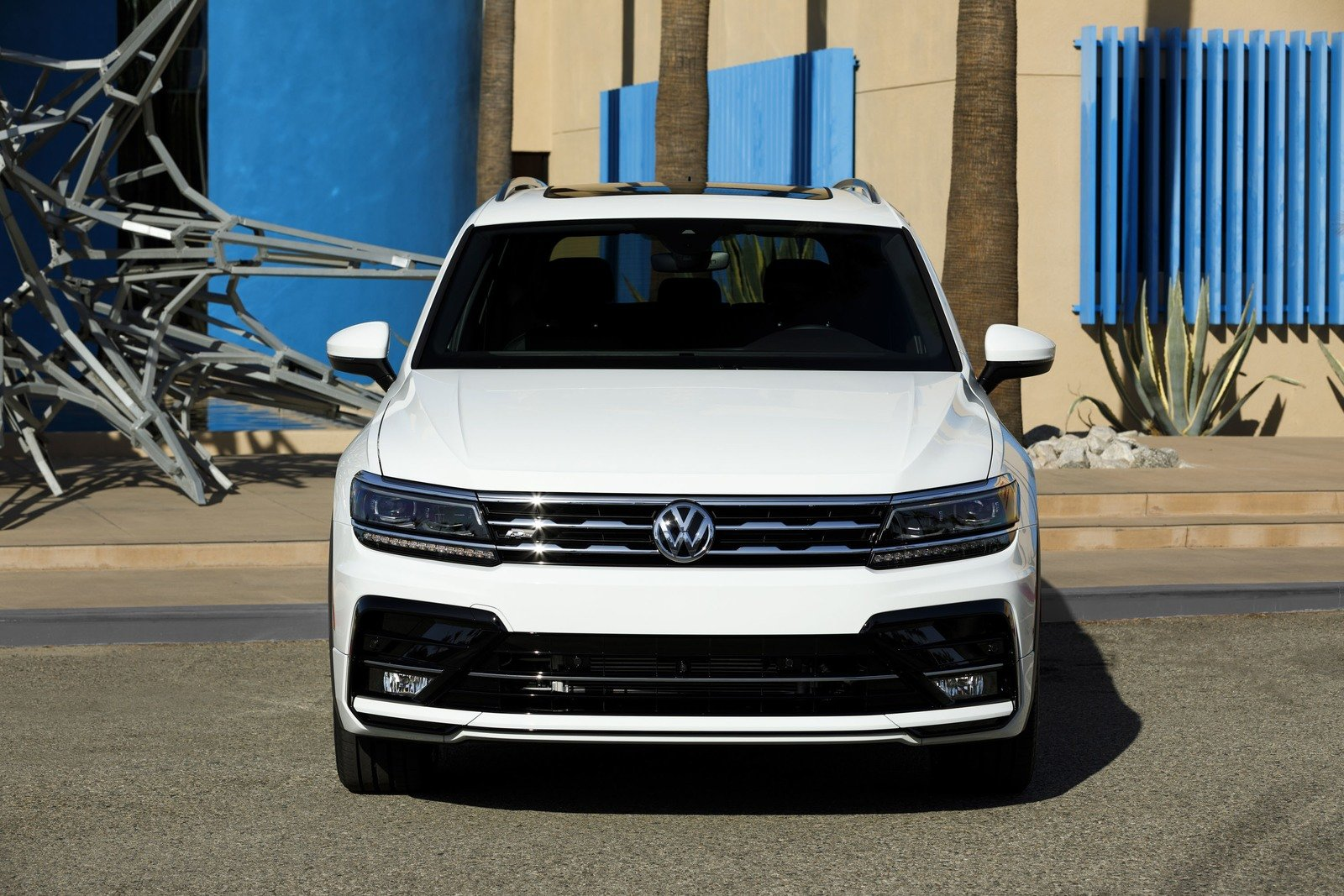 volkswagen unveils the tiguan 2018 r-line sports version Volkswagen unveils the Tiguan 2018 R-Line sports version  D9 88 D8 A7 D8 AC D9 87 D8 A9  D9 81 D9 88 D9 84 D9 83 D8 B3  D9 88 D8 A7 D8 AC D9 86  D8 AA D9 8A D8 AC D9 88 D8 A7 D9 86 R Line 2018