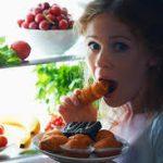 أطعمة يمكن تناولها ليلا لمحاربة الجوع