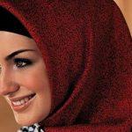 ألوان الحجاب المناسبة للبشرة القمحية