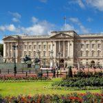 أغرب عادات العائلة الملكية في بريطانيا