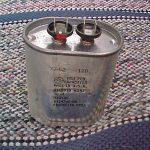 طريقة فحص المكثفات الكهربائية