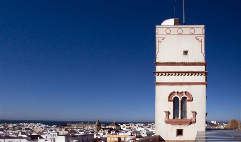 تافيرا - مدينة قادس الأسبانية