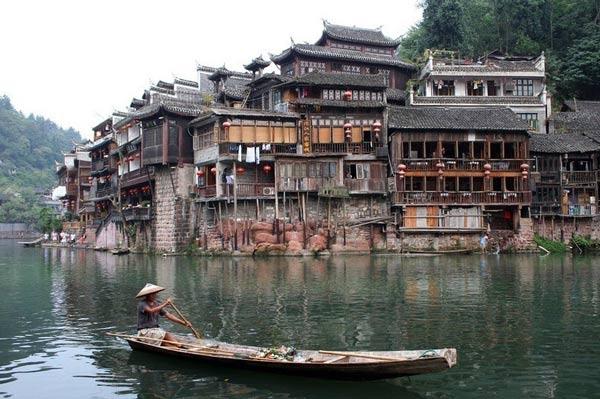 الزمن في مدينة فانغهوانغ - معلومات سياحية عن مدينة فانغهوانغ