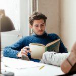 أفضل 10 كتب كلاسيكية يجب على الرجال قرائتها