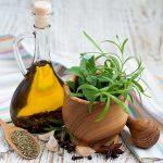 أفضل الزيوت لعلاج عدوى التهاب الأذن