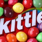 ألغاز وأسرار وراء صناعة حلوى سكيتلز