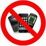 اضرار وضع الهاتف المحمول بجوارك اثناء النوم