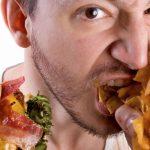 دراسات حديثة توضح العلاقة بين الاكتئاب وزيادة الوزن