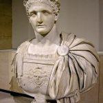 حياة الامبراطور الروماني دوميتيان