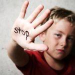 كيفية التعامل مع طفل تعرض للتحرش الجنسي