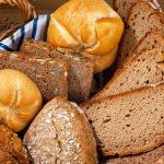 مقارنة بين الخبز الأسمر و الأبيض و أيهما أفضل صحيا