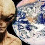 غزو الكائنات الفضائية للأرض ودورها في سعادة البشر ( دراسة )