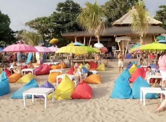 ومطعم شواء بالي جوس بارك - اجمل البارات الشاطئية العصرية في بالي