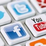 تأثير وسائل التواصل الإجتماعي على الشباب في بيوت الرعاية