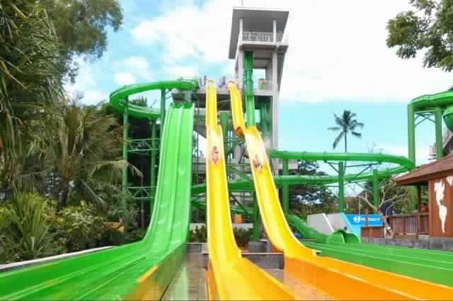 ووتر بوم المائية - رحلة ترفيهية إلى حديقة وتربوم في بالي