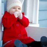 طرق حماية الطفل الرضيع من البرد