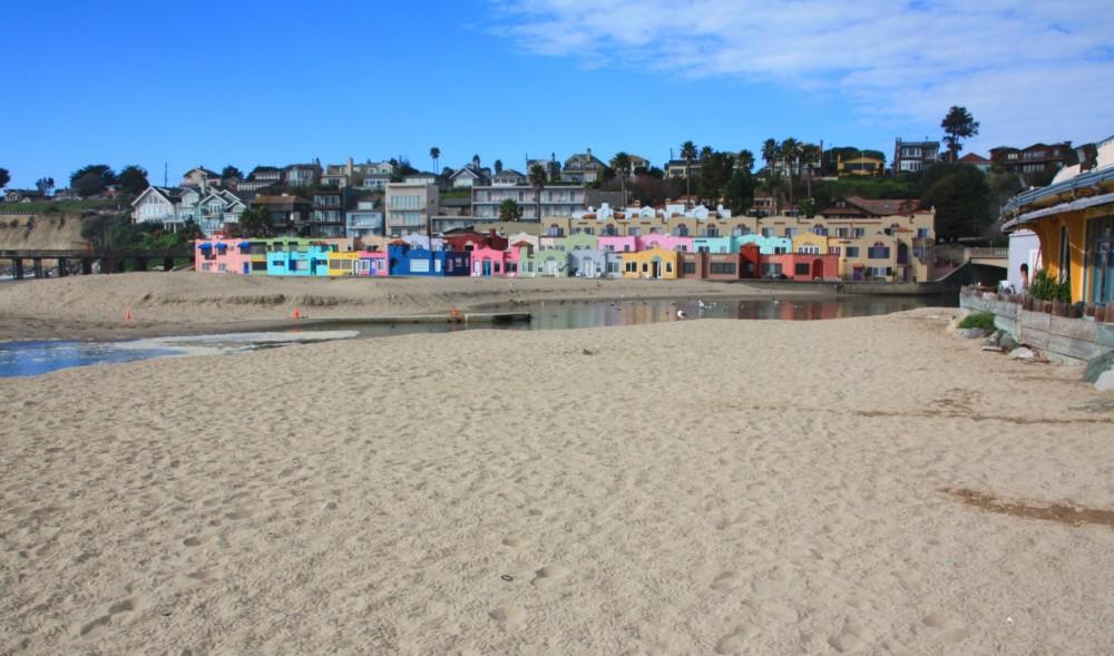 كابيتولا في كاليفونيا - أجمل الشواطئ للأطفال بامريكا