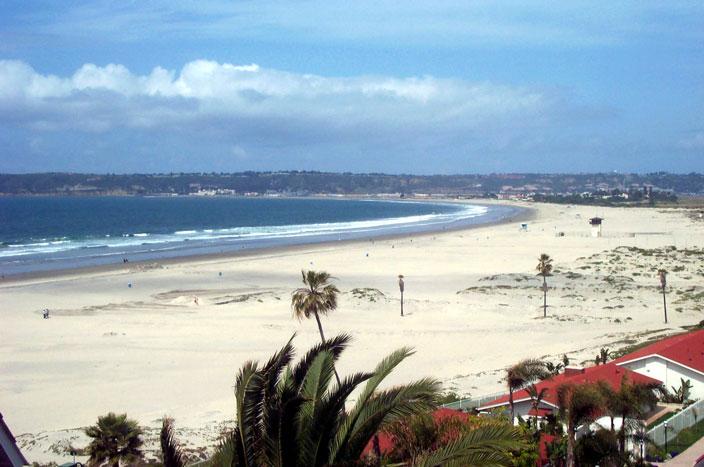 كورونادو في كاليفورنيا - أجمل الشواطئ للأطفال بامريكا