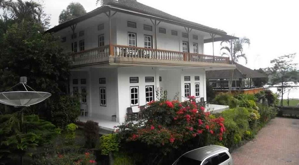 ومطعم سوريا - اجمل 10 فنادق في كينتاماني ببالي