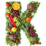 المكسرات الغنية بفيتامين ك و فوائدها