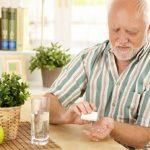 طرق الحصول على الفيتامينات اللازمة مع التقدم في العمر