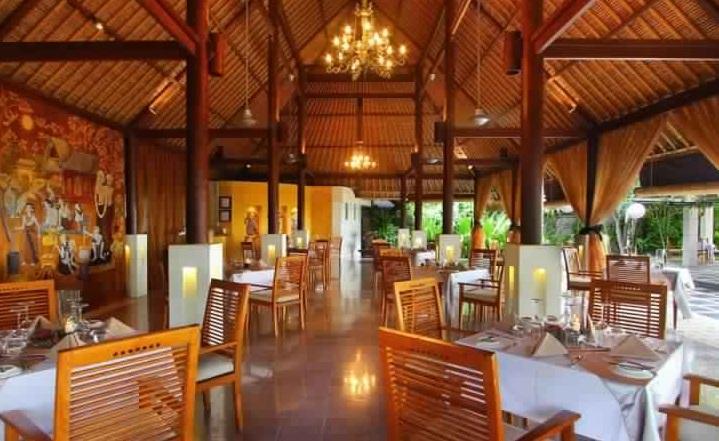 وصالة ما جولي 1 - جولة داخل مطعم وصالة طعام ما جولي في كوتا ببالي