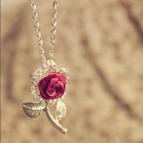 اكسوارات نسائية رقيقة من الورود وردة-بفصوص.