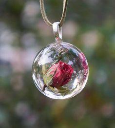 اكسوارات نسائية رقيقة من الورود وردة-في-كرة