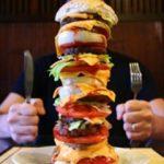 الفرق بين اضطراب نهم الطعام والافراط في الطعام