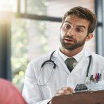 أسباب التبول اللاإرادي عند الكبار وكيفية علاجه