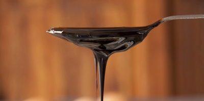 الفيتامينات الموجودة في العسل الأسود العسل-الأس�