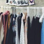 أضرار ارتداء الملابس المستعملة