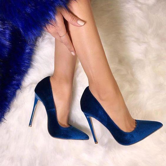 أناقة الألوان العصرية تزين الأحذية حذاء-ازرق-1.