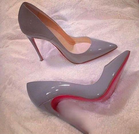 أناقة الألوان العصرية تزين الأحذية حذاء-رمادي-
