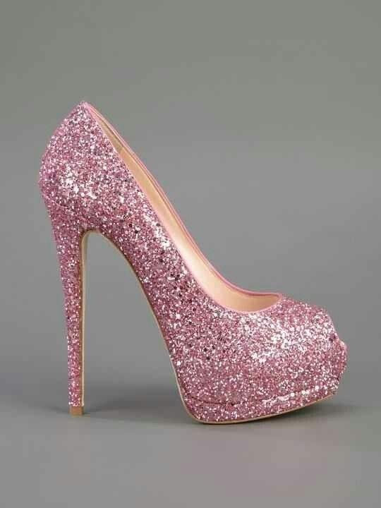 موديلات أحذية جديدة باللون الوردي حذاء-لامع.jp