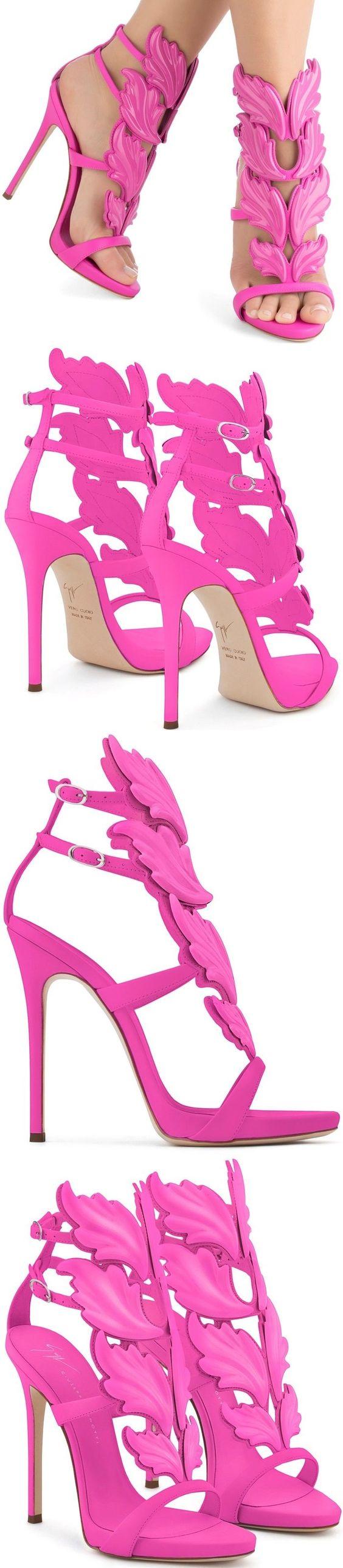 موديلات أحذية جديدة باللون الوردي حذاء-ورق-شج