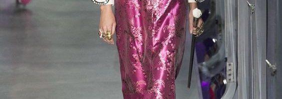 2295d9e16fc15 أحدث الأزياء النسائية من إنتاج شركة Gucci