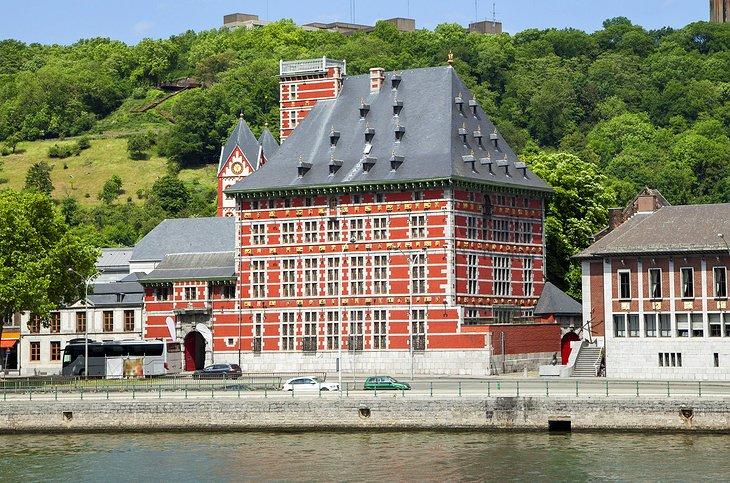 كواي دي مايستريشت - أهم الأماكن السياحية في مدينة لييج
