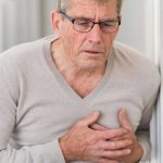 الالتهاب الرئوي لدى كبار السن يرتبط بأدوية حرقة الصدر والمعدة