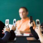 معلومات عن ظاهرة التنمر الطلابي على المعلمين