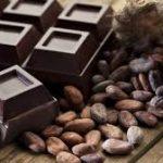 الشوكولاتة الداكنة تحسن الإبصار