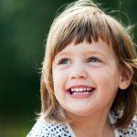 فوائد الضحك لجمال وصحة المرأة