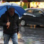 فوائد المشي والركض تحت المطر