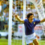 السيرة الذاتية للاعب الايطالي باولو روسي