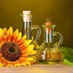 مقارنة بين زيت الذرة وزيت عباد الشمس