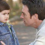 أخطاء شائعة يفعلها الآباء تؤثر على سلوكيات الطفل