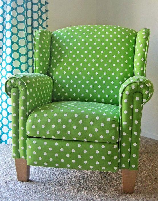 الشكل المنقط يحتل الديكورات المنزلية كرسي-فوتيه.